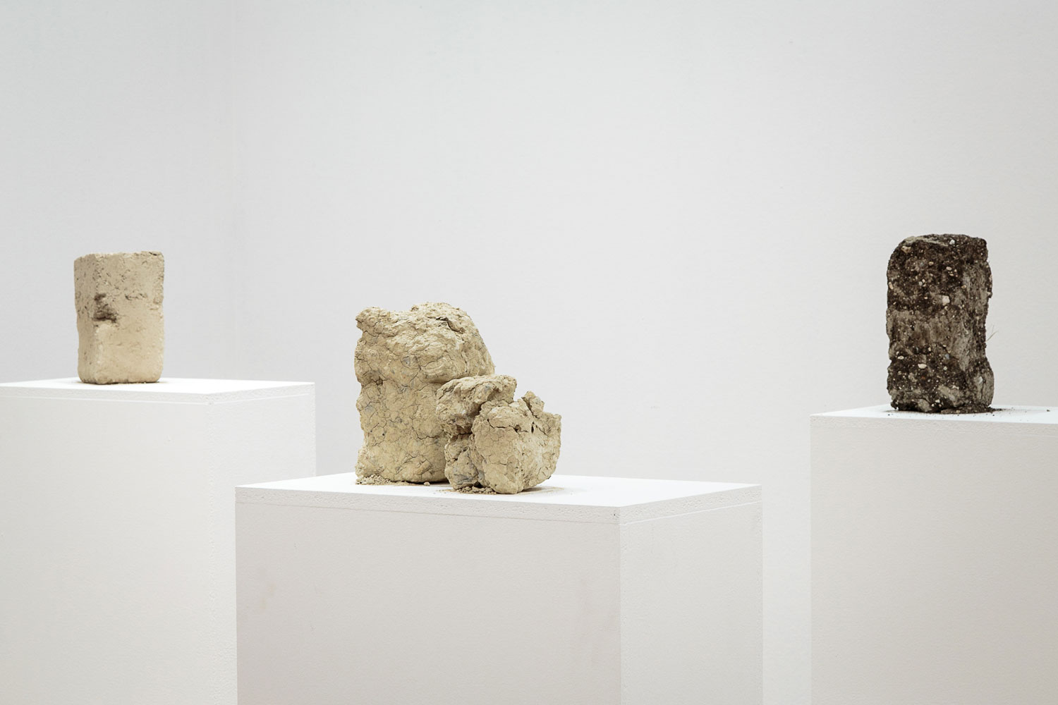 Alessandro Piangiamore | Tutto il vento che c'è (from left to right: Ander, Montes, Balinot), 2013, soil, wind, approx. cm 13x13×30 each.