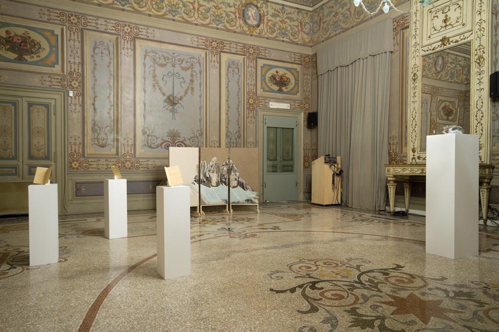 èdra. Tutta l'Italia è silenziosa, 2015 Exhibition view at Istituto Polacco, Rome